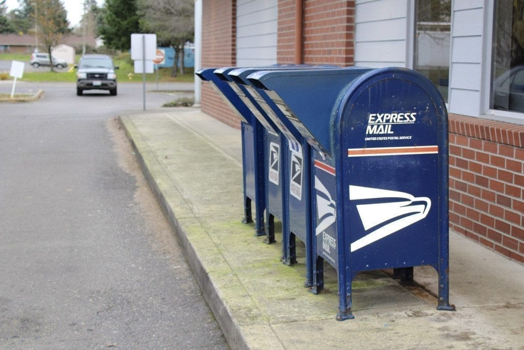 holiday mailing deadline for standard ground shipping is thu dec 15 post office - Are Post Offices Open Christmas Eve
