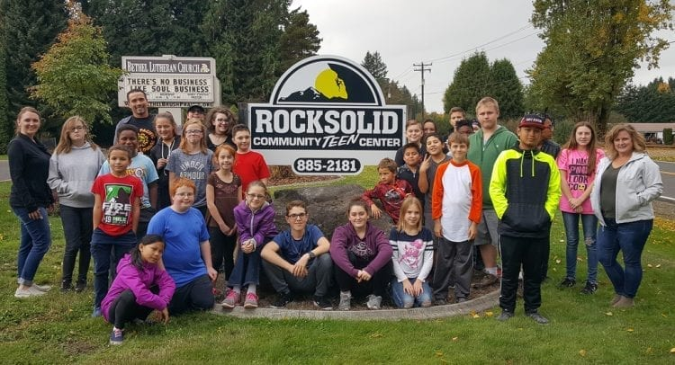 Rocksolid Community Teen Center replaced their 16-year-old sign with the help of South Pacific Café owners and customers.