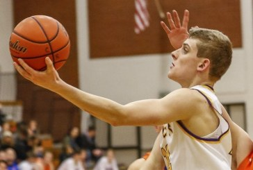 Hoops notes: Columbia River stretches win streak to 10