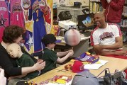 Twin brothers 'signed' by Harlem Wizards