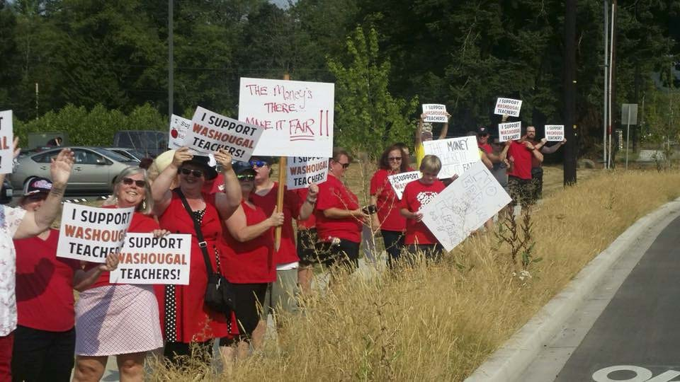 Parents and students in Washougal rally in support of a raise for teachers there. Photo courtesy Washougal Education Association