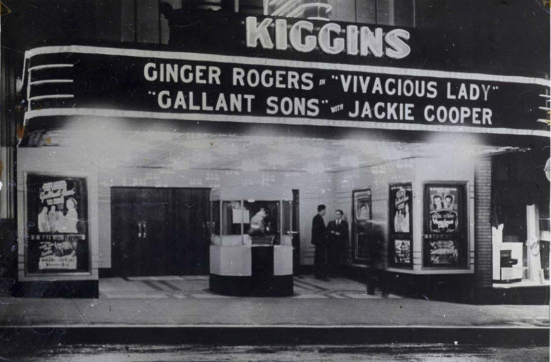 Vancouver's Kiggins Theater is shown here in this 1941 photo. Photo courtesy of Clark County Historical Museum
