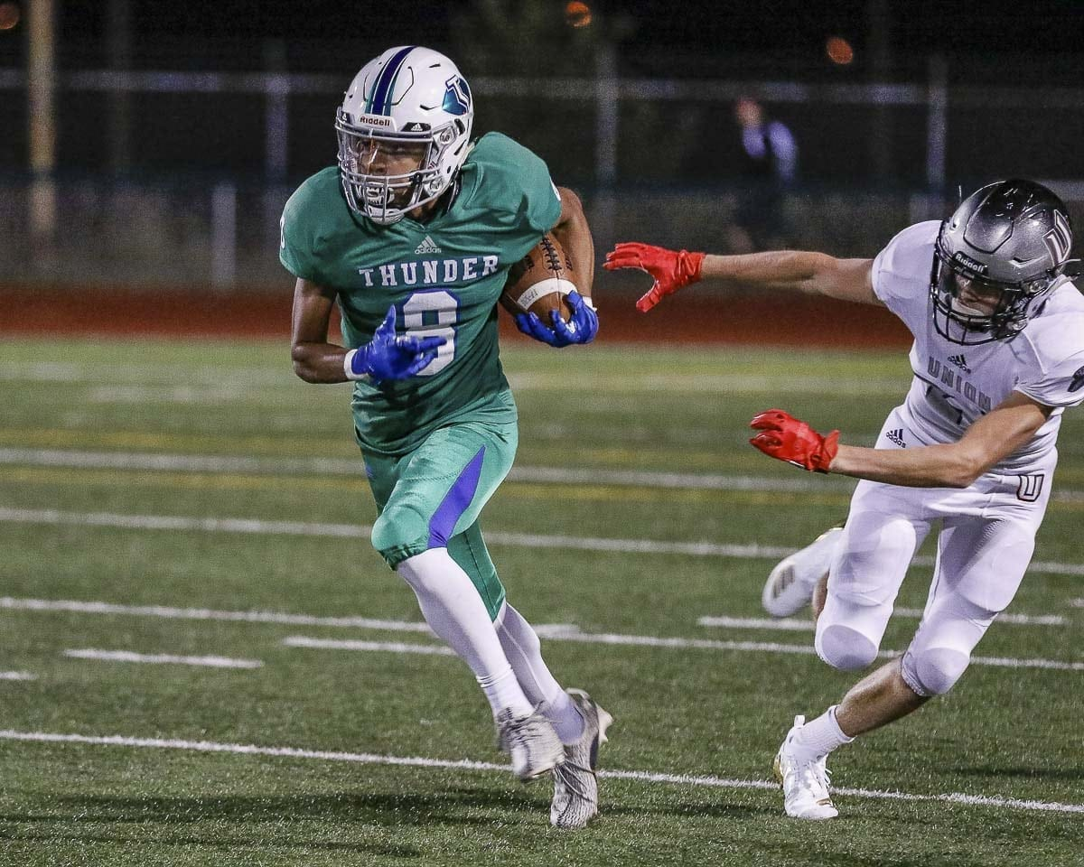 Michael Bolds, shown here in Week 1, was one of seven Mountain View players who found the end zone last week in a win over Juanita. Photo by Mike Schultz