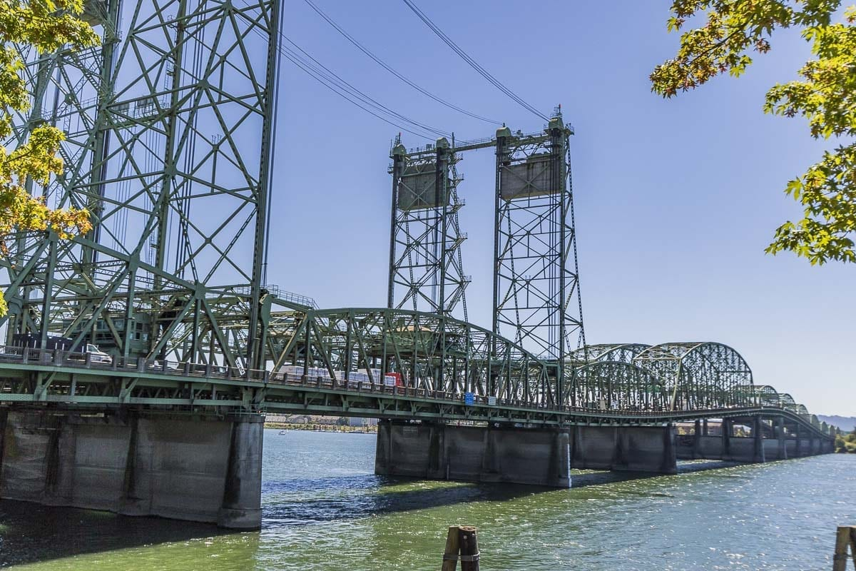 Oregon's gubernatorial candidates offered their thoughts earlier this week on the replacement of the I-5 Bridge. Photo by Mike Schultz