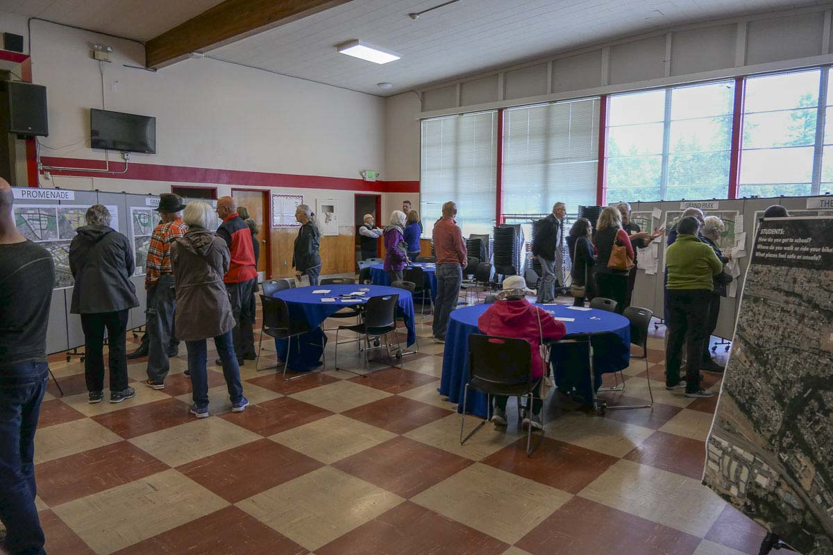 Residents gather at McLoughlin Middle School to see the latest from the city on the Tower Mall redevelopment plan. Photo by Chris Brown