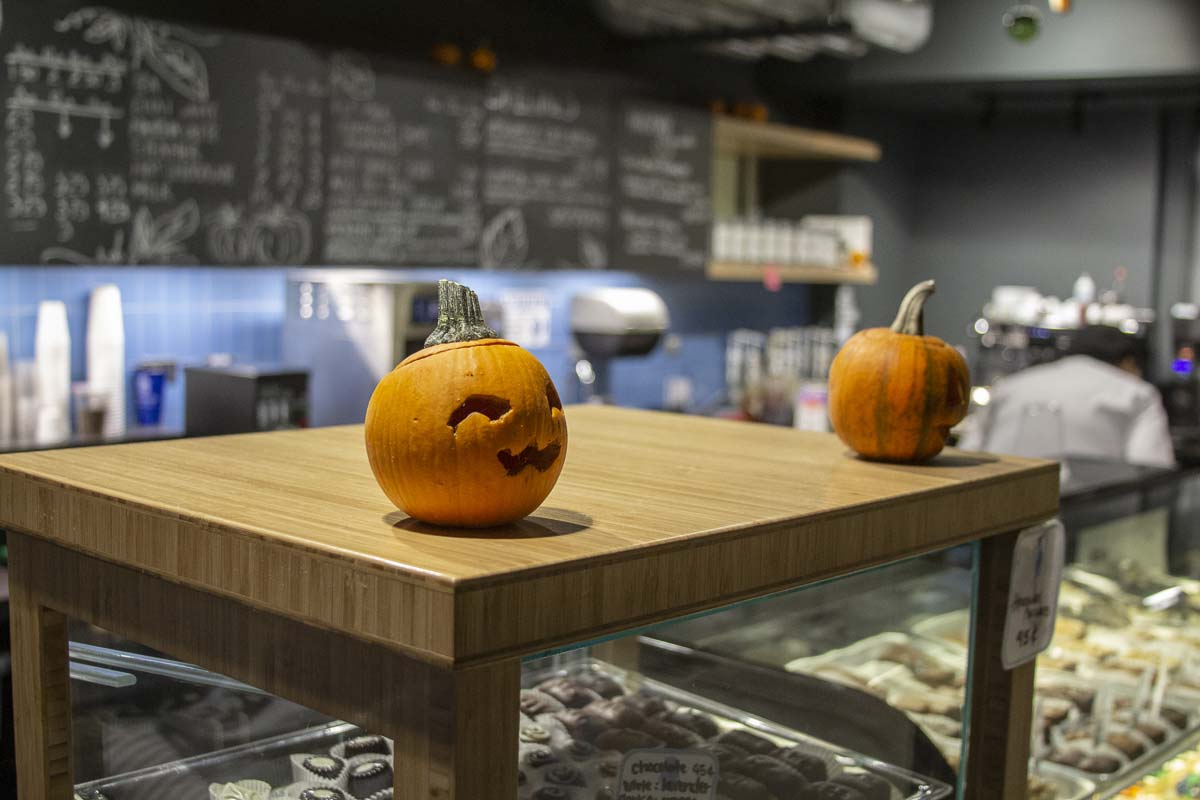 Halloween themed decor adorns the clark College bakery. Photo by Jacob Granneman