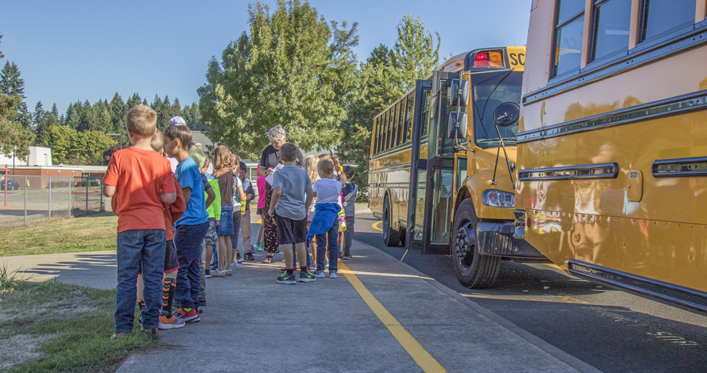 Students at Glenwood Heights Primary School learn proper bus etiquette when boarding, riding and deboarding the school bus.