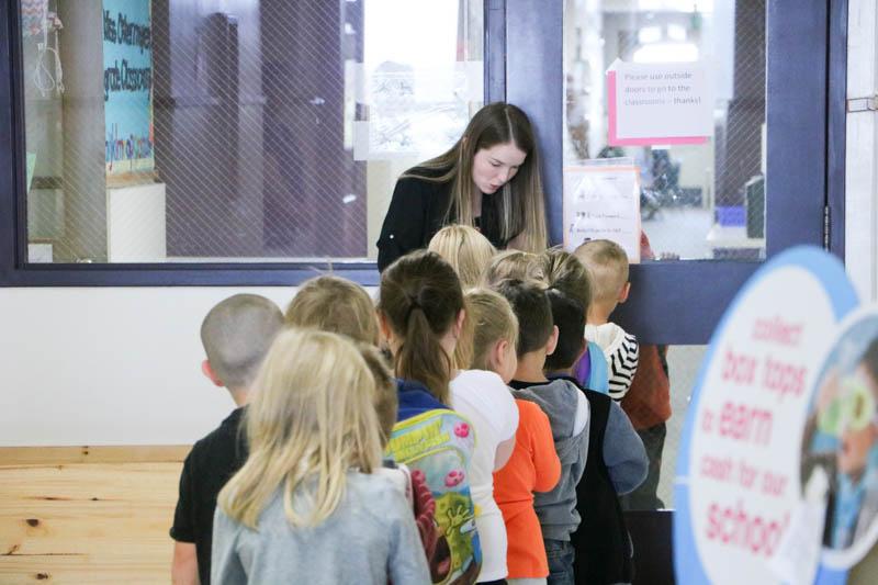 A Glenwood Heights kindergarten teacher teaches students to walk through the hallways quietly. Photo courtesy of Battle Ground Public Schools