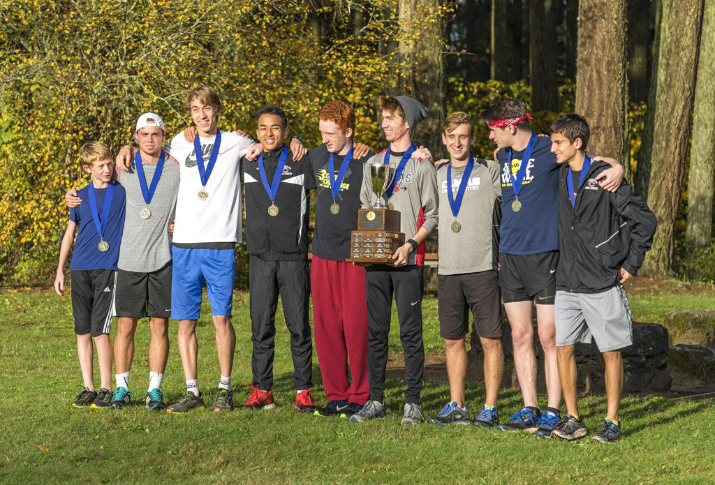 Camas claimed the Greater St. Helens League Class 4A boys cross country championship at the annual league meet held Thursday at Lewisville Park in Battle Ground. Photo by Mike Schultz