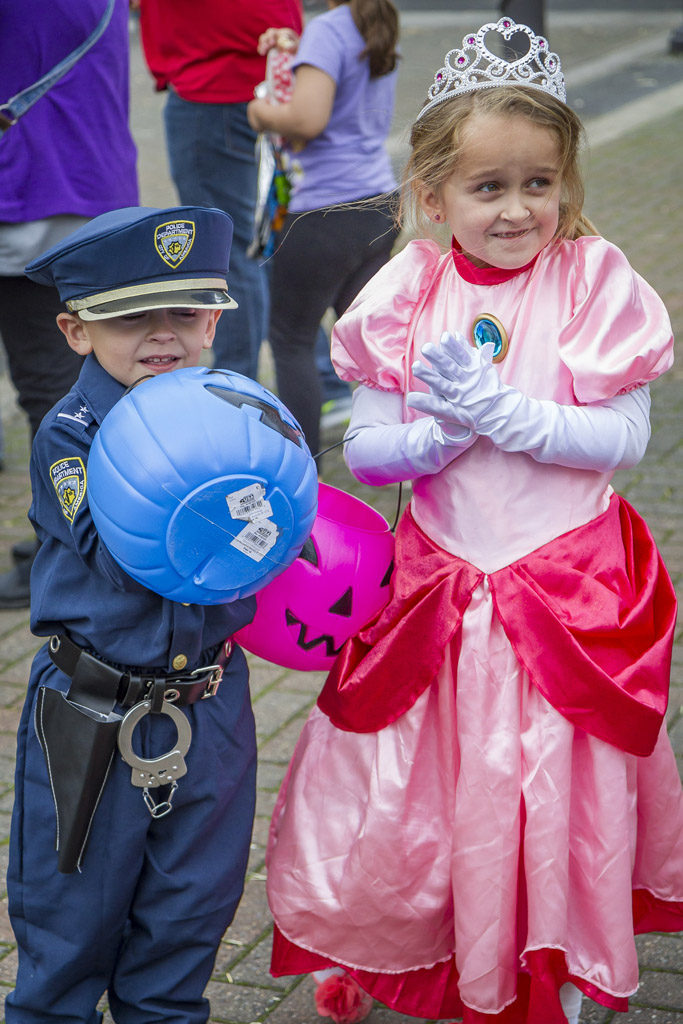 Eli Prince and Ellie Prince braved the fall weather in their respective Halloween costumes Wednesday for the annual Downtown Washougal Pumpkin Harvest Festival. Photo by Mike Schultz