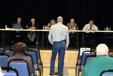 Opponents, proponents speak their minds at Vancouver oil terminal hearing