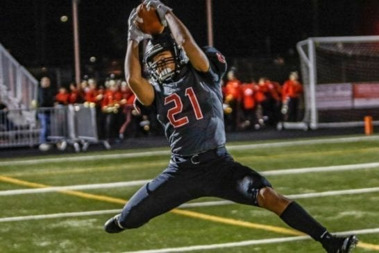 camas-high-school-football-wide-receiver-drake-owen-making-tough-sideline-catch