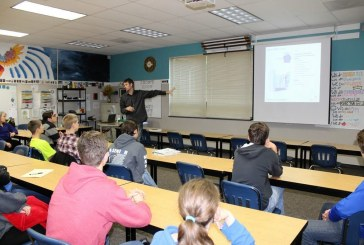 La Center students 'climbing' into real-life lessons