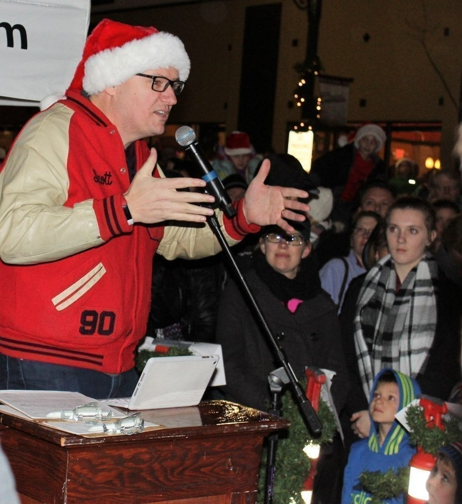 Camas Mayor Scott Higgins speaks to a crowd gathered at the Camas Hometown Holidays celebration on Fri., Dec. 2, before the annual Camas holiday tree lighting ceremony. Photo by Kelly Moyer