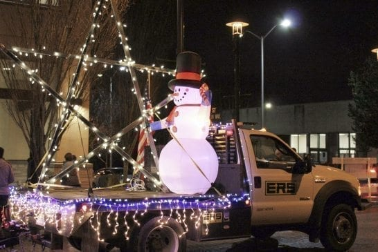 washougal-holiday-parade-snowman-star-jpg