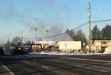 Early morning 3 alarm fire on Fourth Plain, road closed near 137th in Vancouver