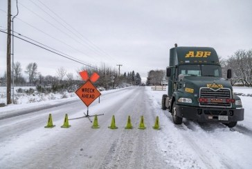 Round-the-clock efforts to fight winter storm continue in city of Vancouver