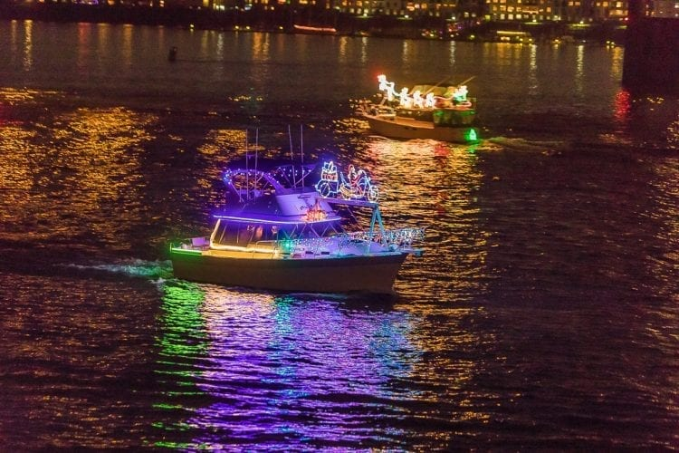 Local boat owners cruise into Christmas | ClarkCountyToday com