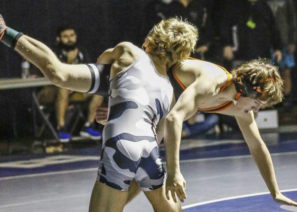 Noah Talavera of Union defeated Andrew Hopple of Washougal