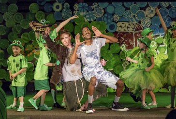 'Honk Jr.' flies onto local stage