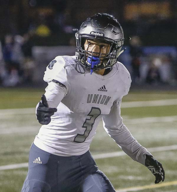 Senior Darien Chase (3) is one of the most explosive offensive players in the state of Washington. Photo by Mike Schultz