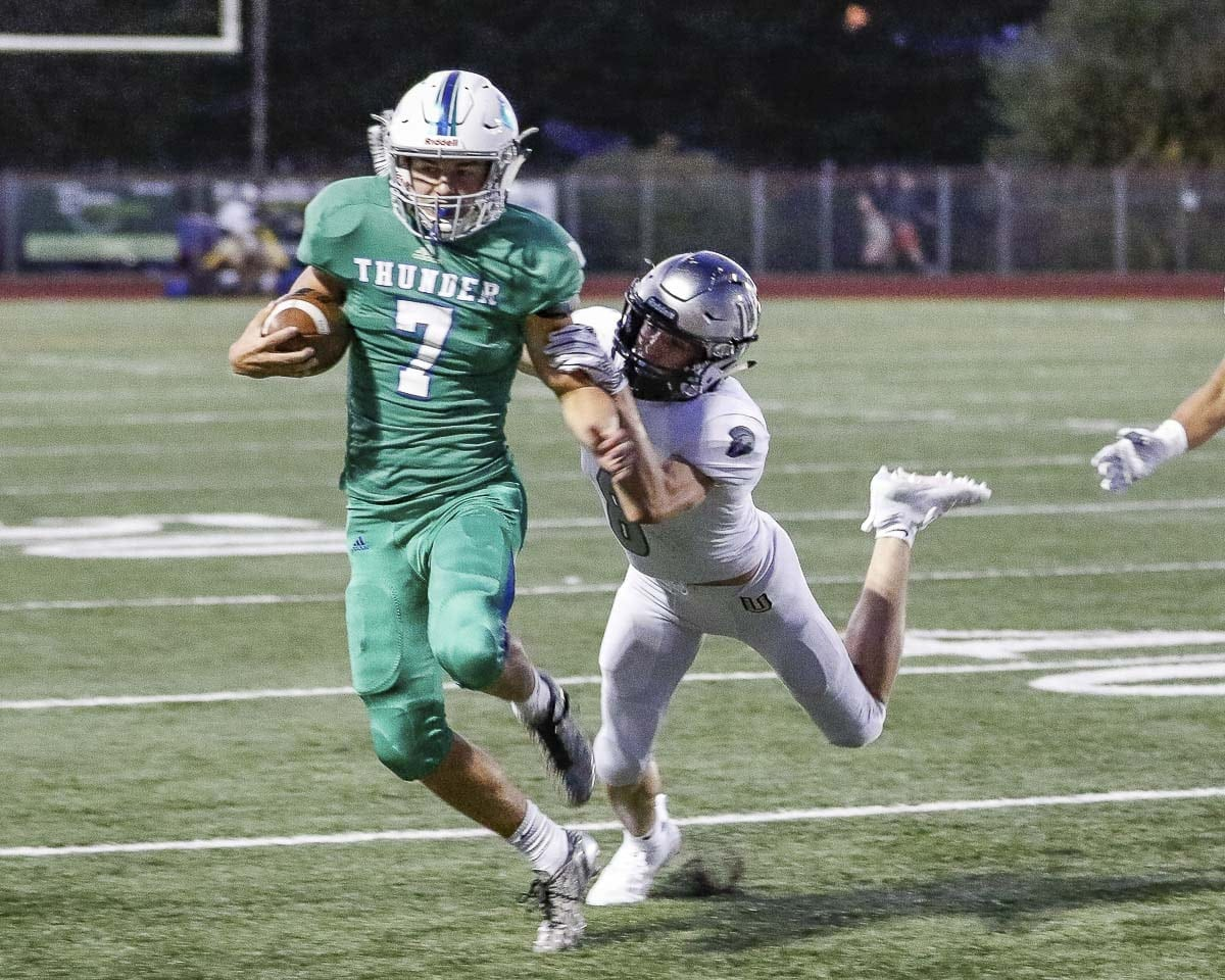 Jack Mertens rushed for 96 yards and a touchdown in Mountain View's season opener. Photo by Mike Schultz