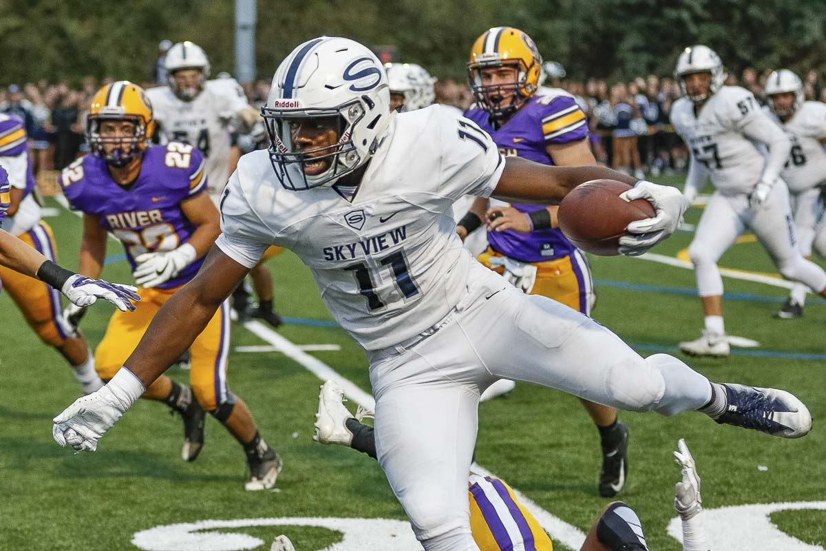 Skyview's Jalynnee McGee (11) rushed for 132 yards to help the Storm post a 34-6 win at Columbia River Friday. Photo by Mike Schultz