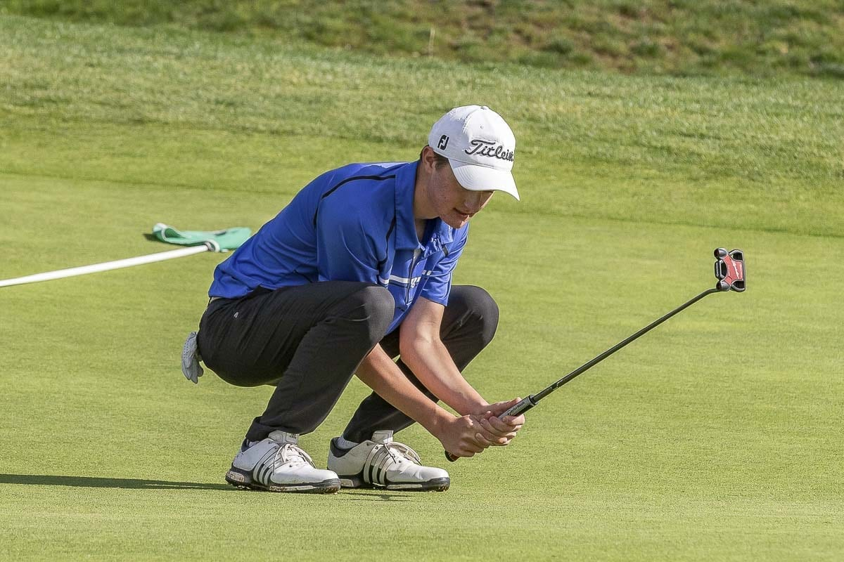 Graham Moody of Mountain View said he was in better shape physically and mentally going into state last spring because he had worked so hard over the winter months. Moody won the state title last spring. Now a sophomore, he hopes to do the same thing during the 2018-19 golf season. Photo by Mike Schultz