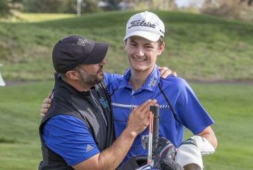 3A/4A District golf: Mountain View's Moody; Battle Ground's Tobias win titles