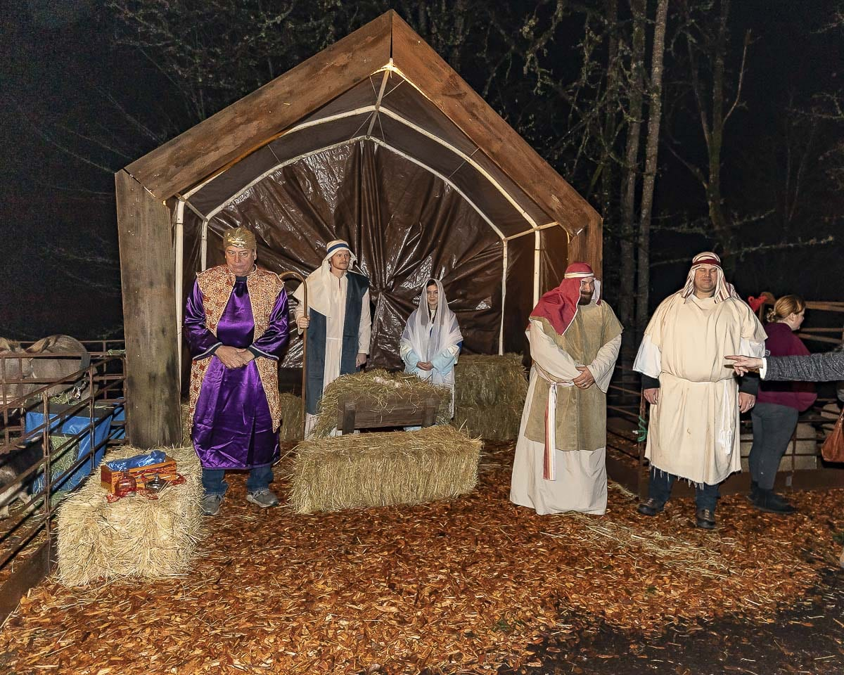 The living nativity welcomes visitors at the La Center tree lighting downtown on main street. Photo by Mike Schultz