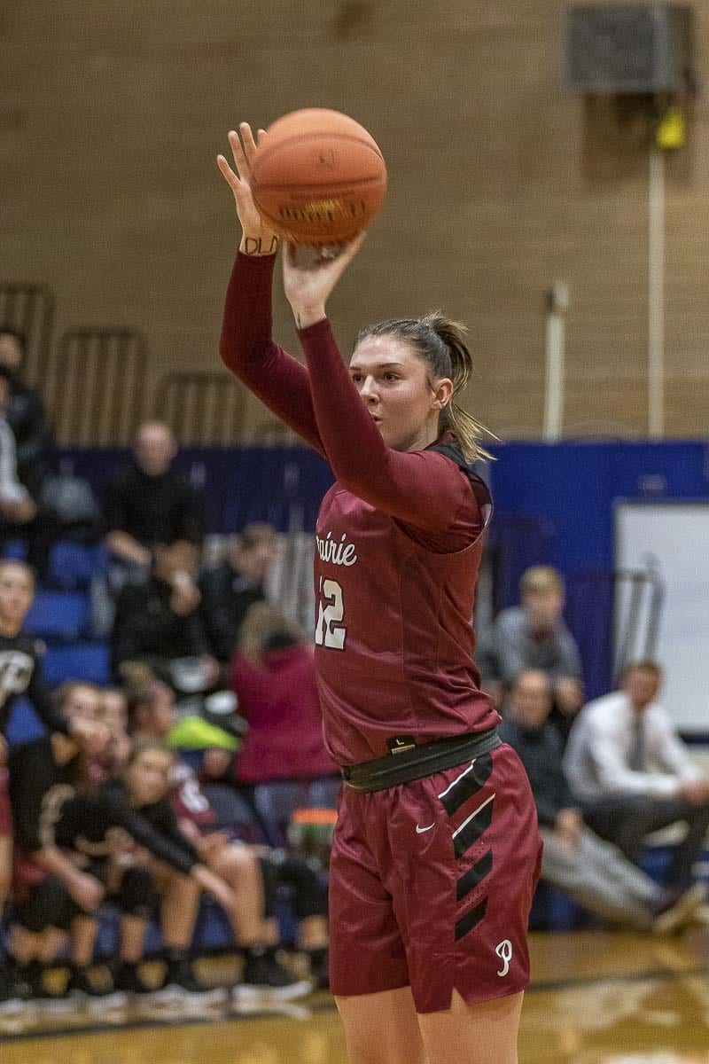 Prairie's Brooke Walling, shown here last week against Kelso, is one of three seniors who will be sharing their experiences during the team's travel to the Surf N Slam San Diego Hoop Classic. Photo by Mike Schultz