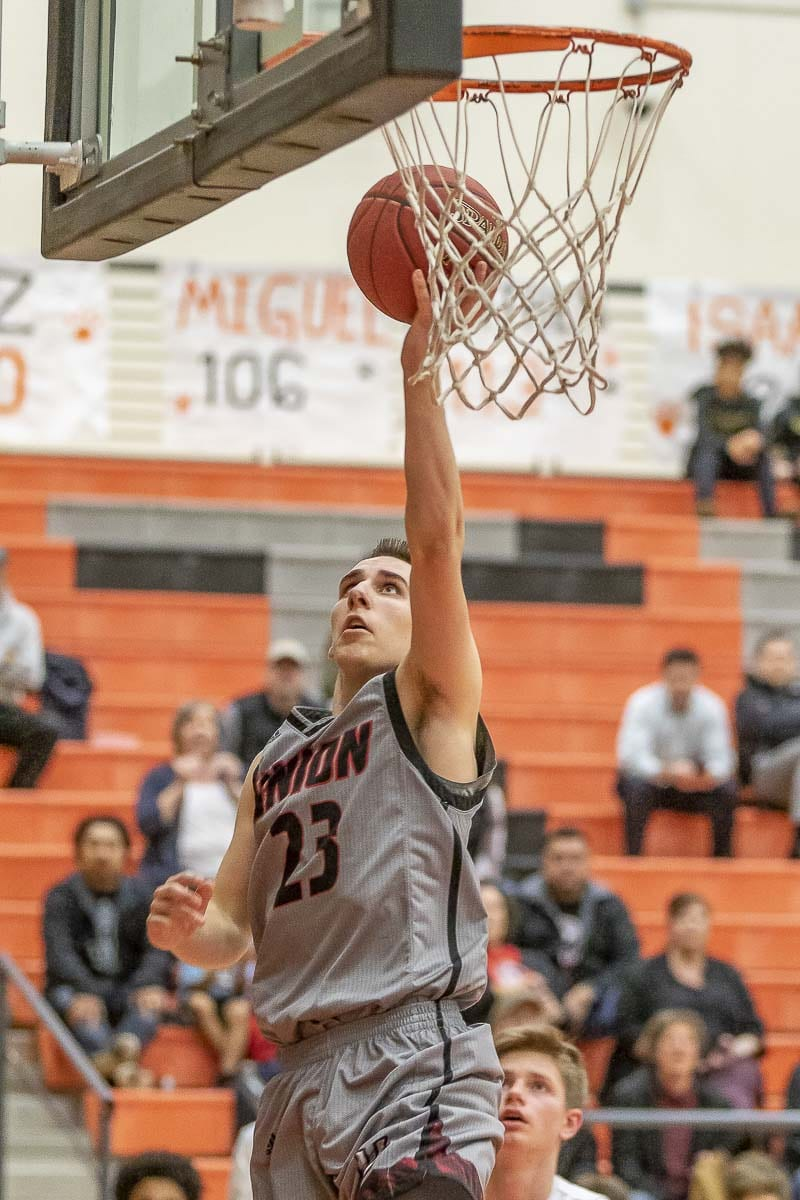 Ethan Smith, a senior leader for the Union Titans, said he and his teammates always have faith in each other, even when trailing. Union rallied from a 16-point deficit Wednesday to win by 16 points over Battle Ground. Photo by Mike Schultz