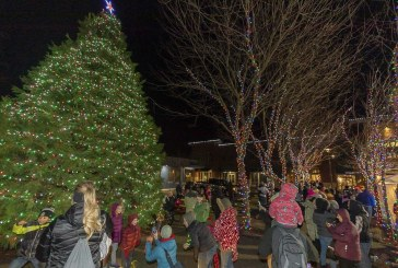 Washougal lights up the night with Christmas parade