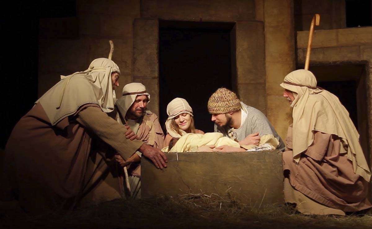 Actors portray the the shepherds arriving at the nativity to welcome baby Jesus, Mary and Joseph. Photo courtesy of Living Hope Church