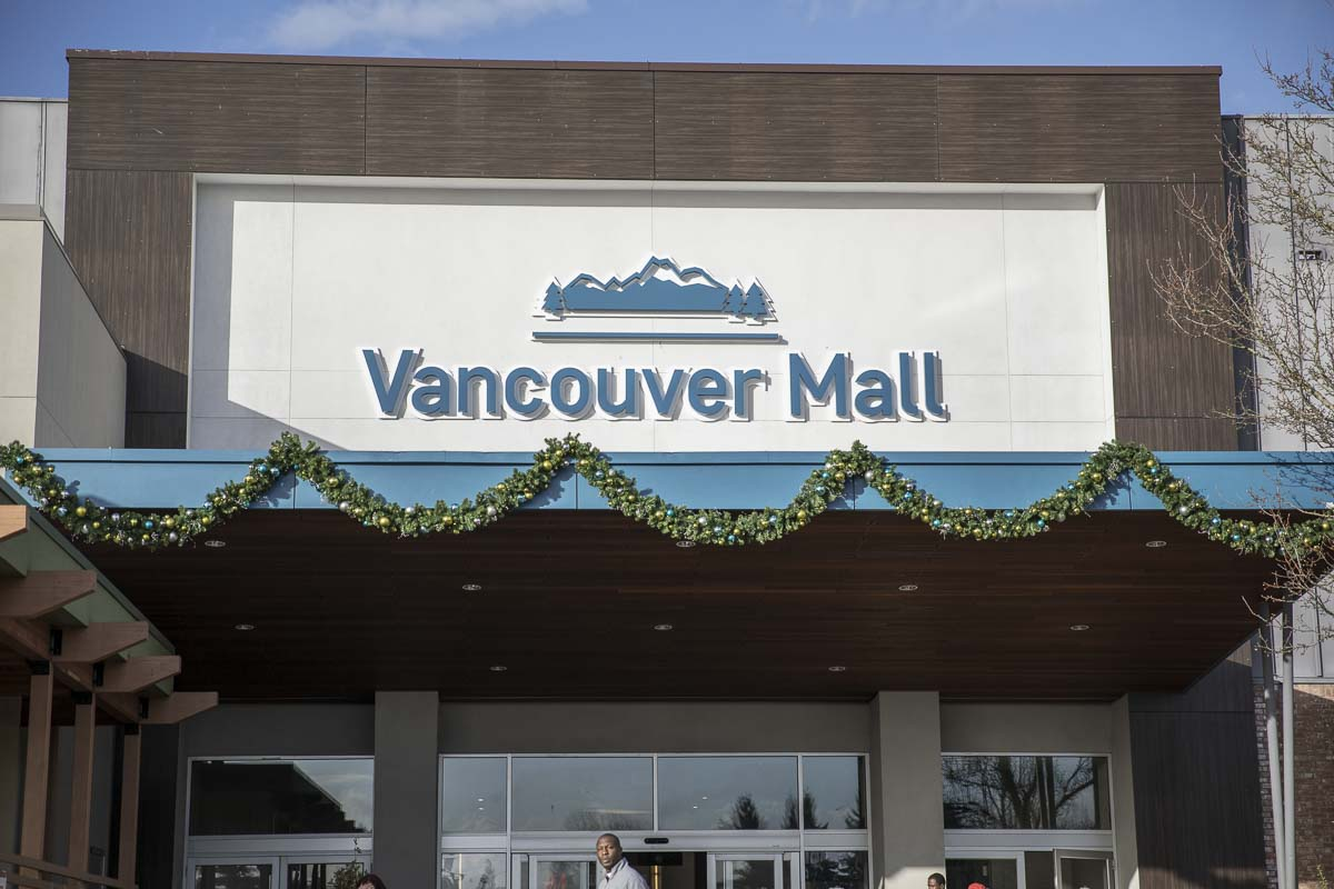The Vancouver Mall sports some classic garland atop it's main entrance. Photo by Jacob Granneman