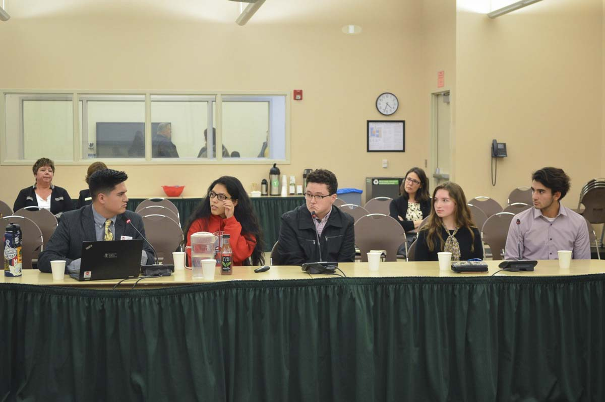 Ridgefield High School students Bridget Donaldson and Matthew Torres (pictured at right) participate in panel at Washington State Board of Education meeting. Photo courtesy of Ridgefield School District