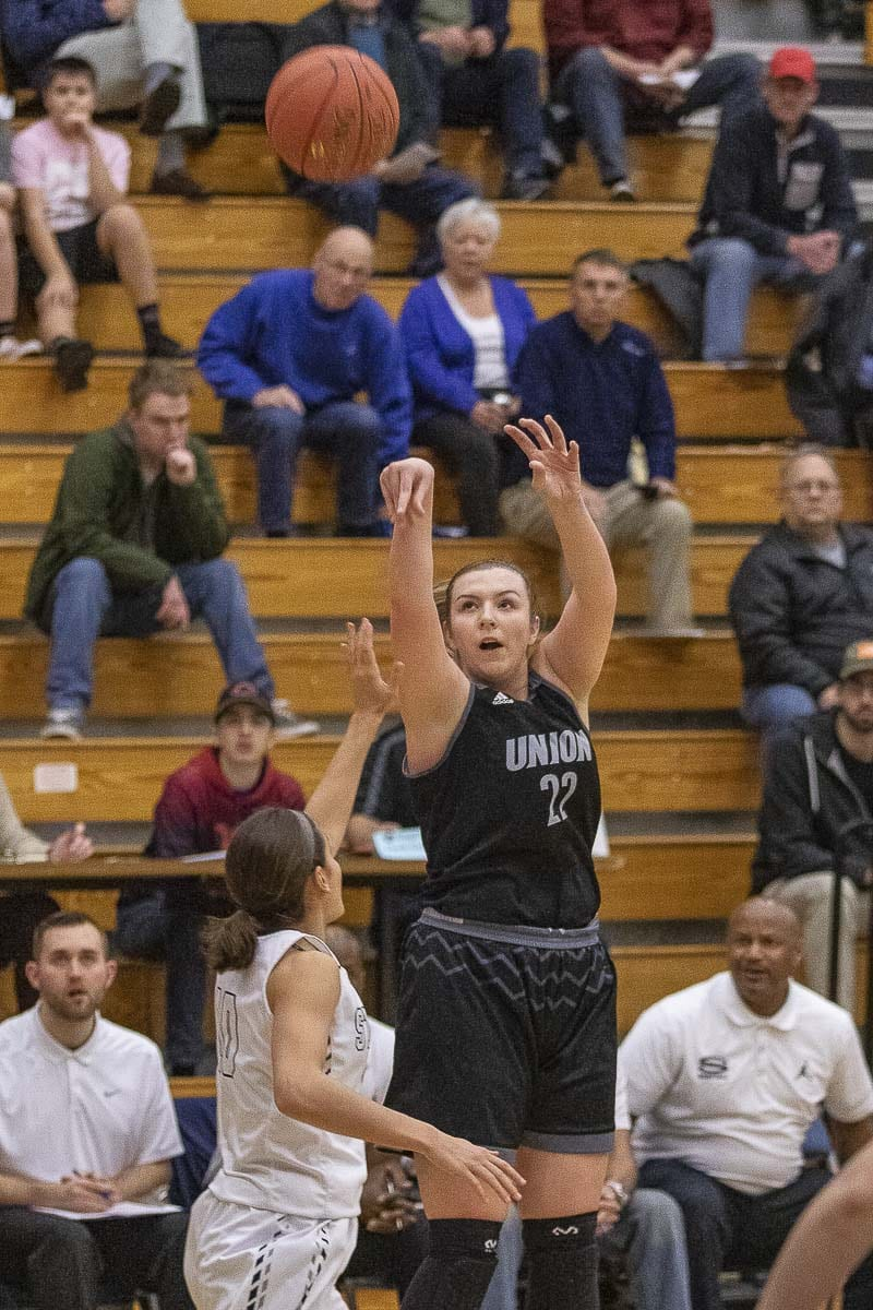Mackenzie Lewis scored a team-high 15 points Tuesday, helping Union move into sole possession of second place in the Class 4A Greater St. Helens League. Photo by Mike Schultz
