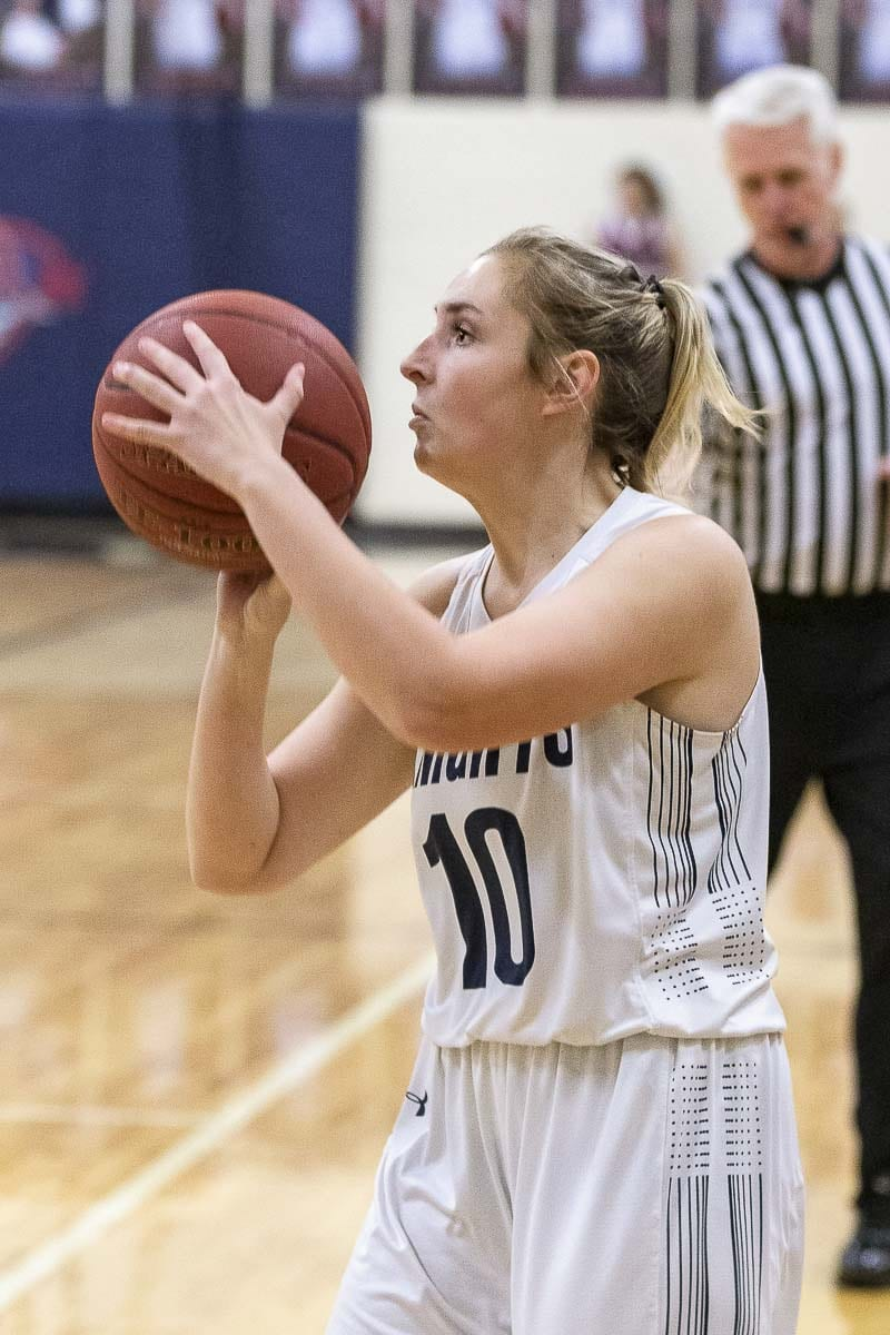 Hannah Moats of King's Way Christian made four 3-pointers in the third quarter Thursday night. Photo by Mike Schultz