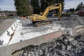 Camas' Crown Park Pool demolition underway