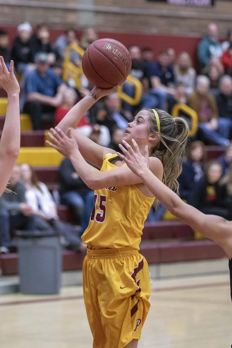 Cassidy Gardner, shown here earlier this season, made five 3-pointers Friday in the Class 3A state semifinal victory over Kamiakin. Prairie will play Mt. Spokane in the championship game Saturday. Photo by Mike Schultz