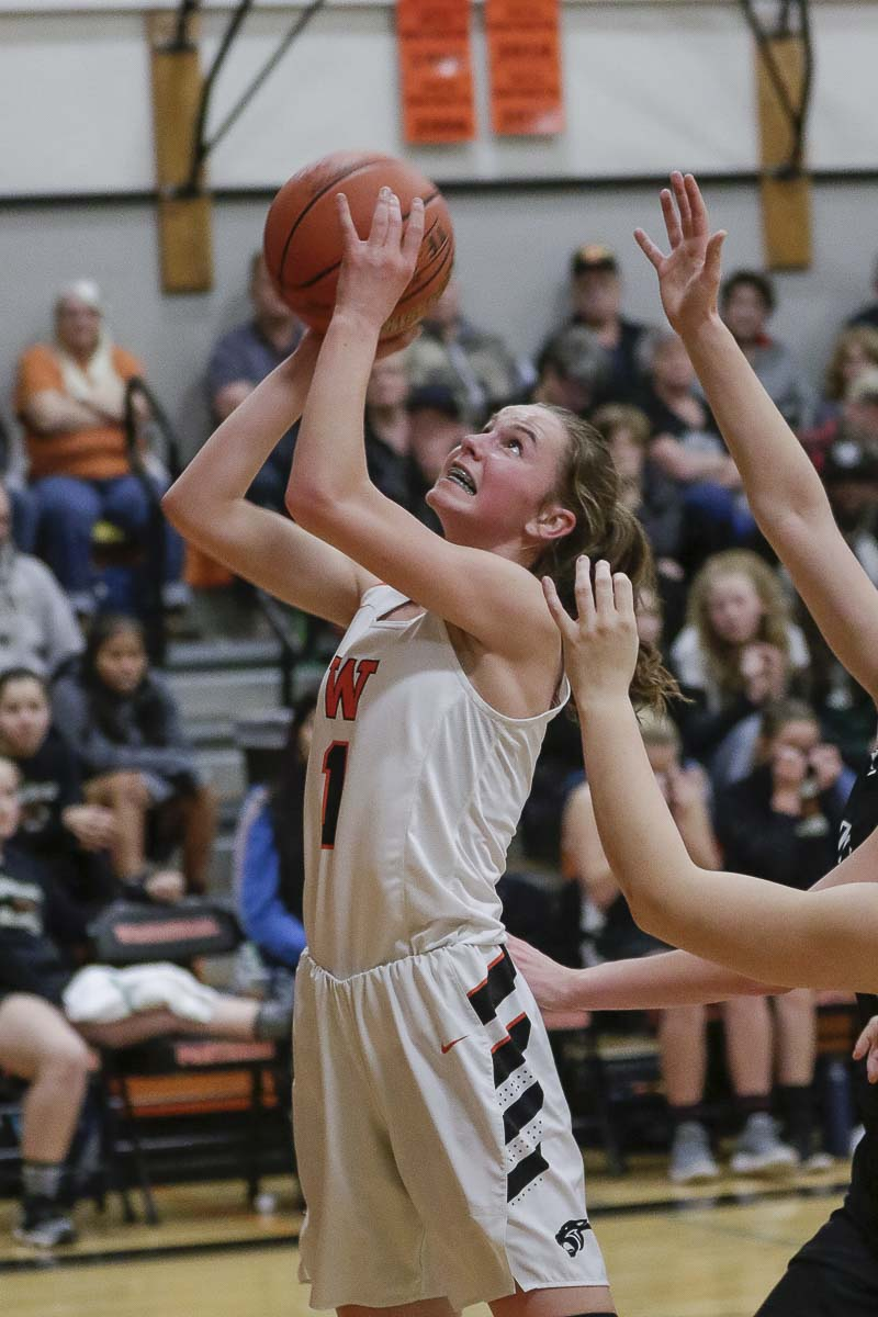 Jaiden Bea, shown here earlier this season, scored 18 points in a Class 2A state quarterfinal, helping Washougal reach the semifinals for the first time in program history. Photo by Mike Schultz