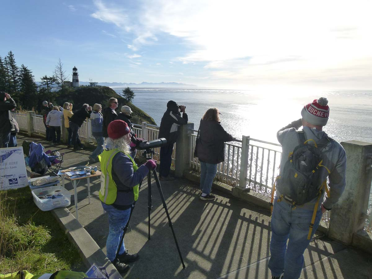 Spectators gathered at Cape Disappointment during the 2018 Spring Whale Watch Week event. Photo courtesy of Oregon Parks and Recreation Department