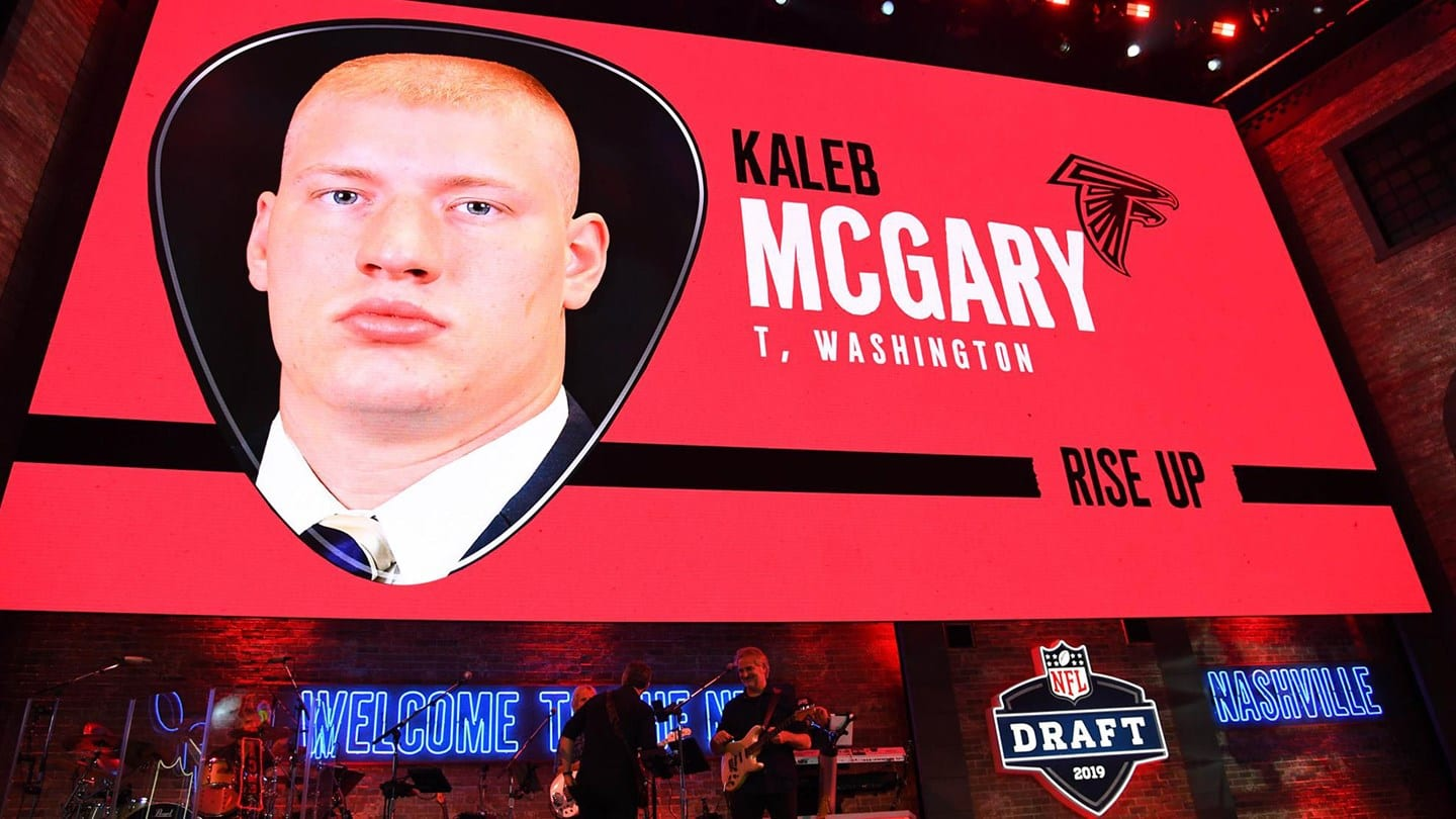University of Washington lineman Kaleb McGary, who played at Battle Ground High School during his freshman year of high school, was drafted by the Atlanta Falcons in the first round of the NFL Draft. Photo courtesy of University of Washington athletics