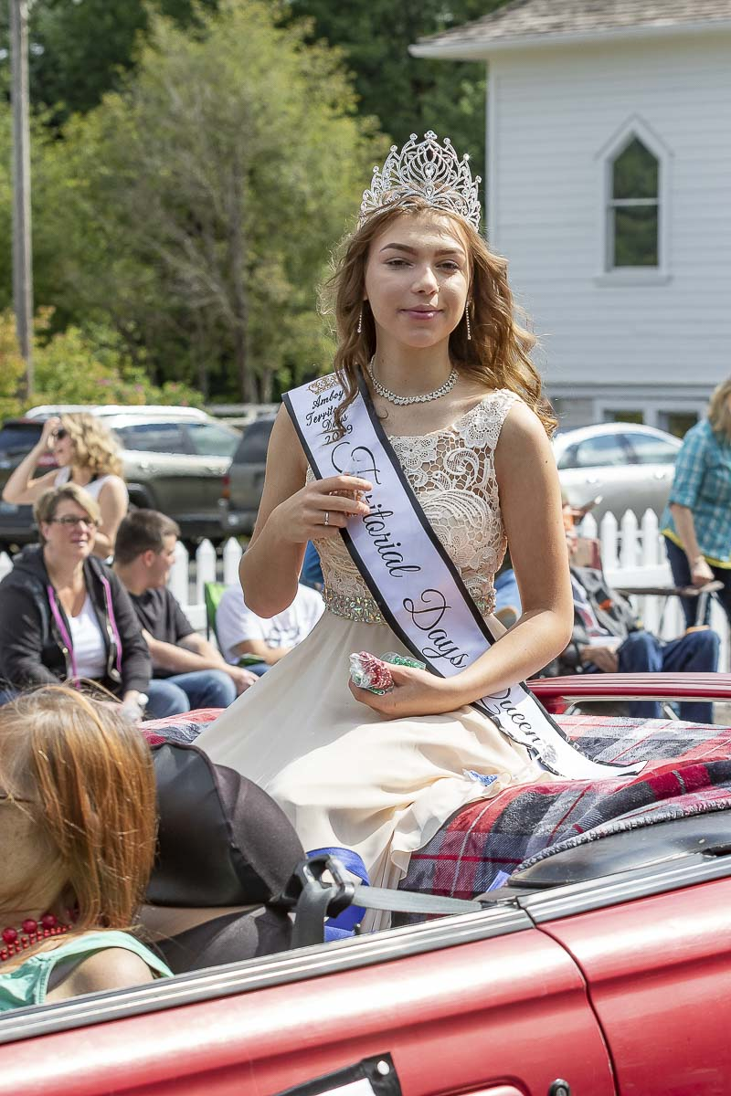 Ruthie Homola was crowned Amboy Territorial Days Queen on July 12. Photo by Mike Schultz