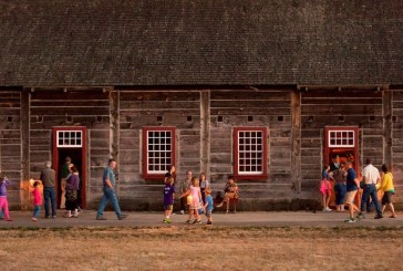Campfires & Candlelight event recreates night of historic fire at Fort Vancouver