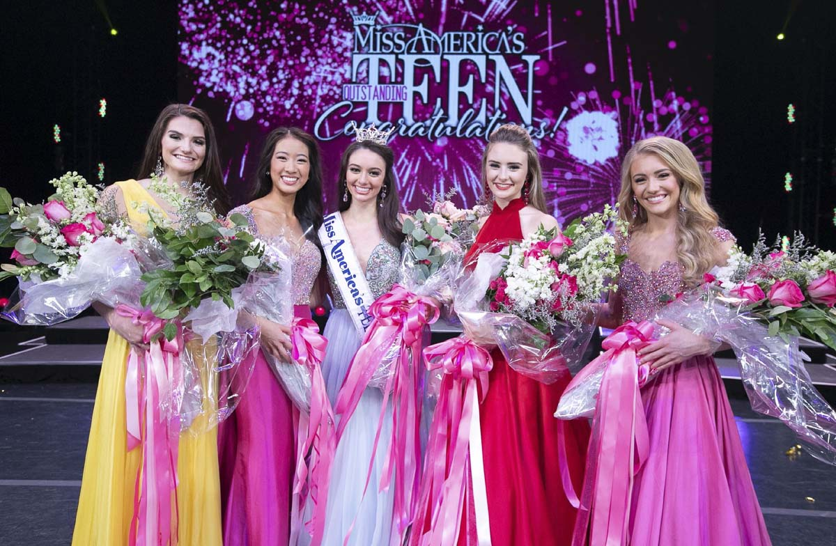Payton May (center) is shown here with the final five contestants at the Miss America's Outstanding Teen competition held in Orlando, Florida in July. Photo courtesy of Miss America's Outstanding Teen