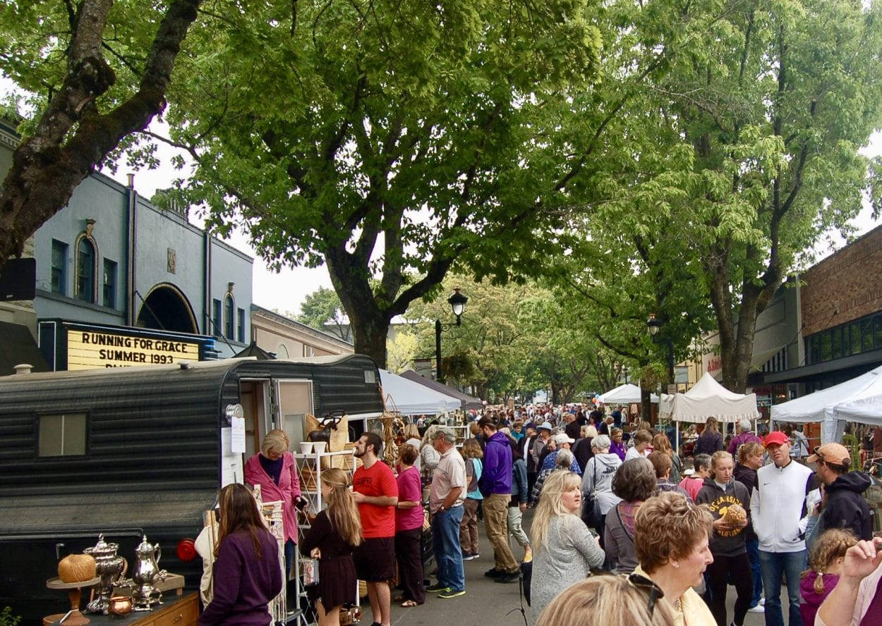 Annual Vintage & Art Faire brings art and vintage antiques to downtown Camas