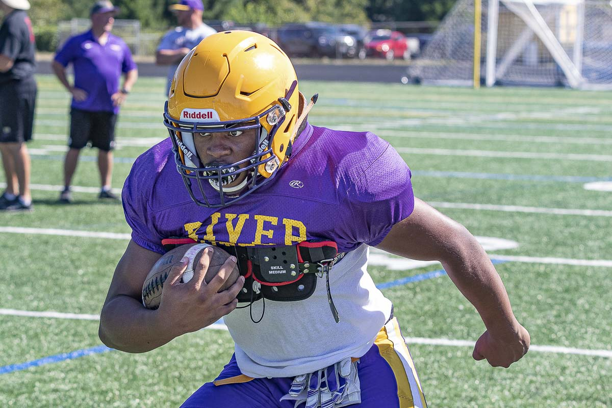 Isaac Bibb-O'Neil had a big junior season, but he will need to be even better this season for Columbia River to achieve its goals. Photo by Mike Schultz