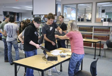 Battle Ground schools prioritize technology education with $300,000 grant