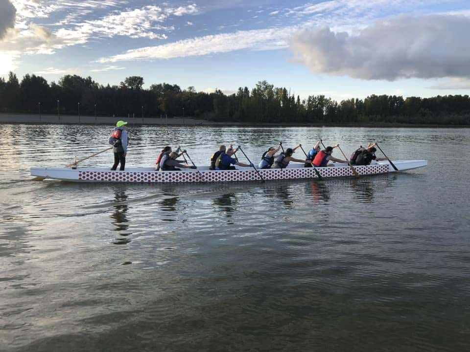 Dragon boating for breast-cancer survivors has become so popular that there are more than 200 teams of survivor-specific teams around the world and an international festival held every four years. Photo courtesy of Catch22 Dragon Boating